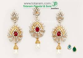 18k gold diamond pendant earring set with ruby