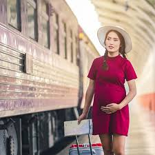 travelling by train while pregnant 1