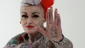 как выглядят татуировки в старости круто в соцсетях набирает