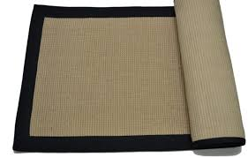 micro jute rug with black border