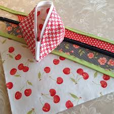 Carried Away Quilting: Sweetpea Pod Kit Giveaway with Stash Addict ... & I wanted to share one sewing tip with you. I did not use my zipper foot.  Instead, I used my walking foot because I liked how it kept the unit flat  and ... Adamdwight.com