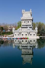Torre de Belem en Madrid imagen de archivo. Imagen de lago - 40151009