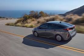 The 2017 Toyota Prius vs. the 2017 Toyota Prius Prime
