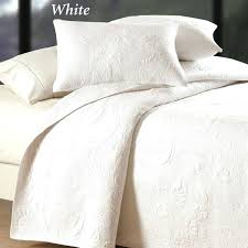 bedroom nice white coverlet for your decor idea within chic matelasse king diamond residence inspirati