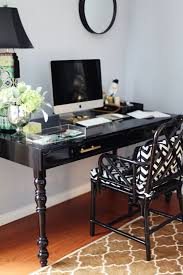 Image Glamorous Office Luxury Sophisticated Black Office Desk Find More Luxury Unique Desks For Your Office In Http Pinterest Pin By Milena Opolony On On My Bookshelf Home Office Desk Home
