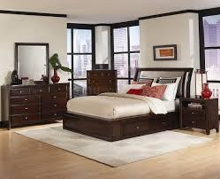 Modern Italian Bedroom Furniture Contemporary Italian Bedroom Furniture Chocolate Finish Wood Bed
