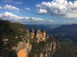 The Three Sisters Katoomba Australia ...