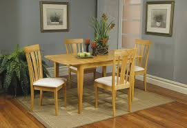 davie dinette with table leaf in natural finish