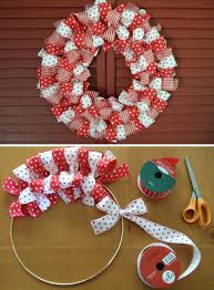 How to make a Christmas Ribbon Wreath.these are the BEST DIY Christmas  Wreath Ideas! (How To Make Christmas Ribbon)