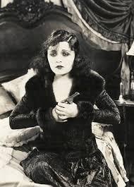 Pulp International - 1928 photo of Polish actress Pola Negri