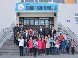 """Çorum İl Milli Eğitim Müdürlüğü on Twitter: """"Çorum Bekir Aksoy İlkokulu  #İyiTatillerÖğretmenim #BizeHerYerOkul @tcmeb @ziyaselcuk @meb_ailesi2023  @safran1958 @hmzaydg @yakup1219… https://t.co/akP3rPFx4u"""""""