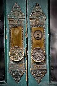 Antique door knob Glass Door Love These Vintage Door Knobs Vintage Door Knobs Vintage Doors Antique Doors Antique Pinterest 290 Best Old Door Knobs Hardware Images Antique Doors Door