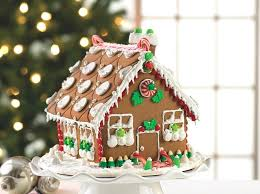 gingerbread house decorating ideas 1 sweet and gingerbread house gingerbread house decorating ideas gingerbread house