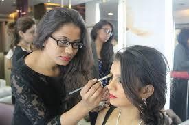 divya sonar makeup artist in mumbai