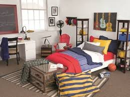 Get The Look 9 Ways To Create A Stylish Dorm Room On A Budget Designer Dorm Rooms