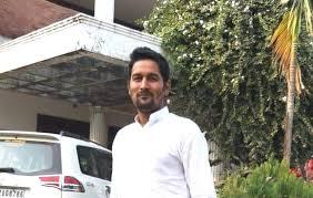 ^ शहाबुद्दीन को तिहाड़ में शिफ्ट किया जाएगा,आधी रात को सीवान जेल से निकाला. ब ह र स प र व स सद शह ब द द न क भत ज क ग ल म रकर हत य
