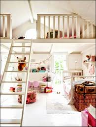 Kinderzimmer Farben Beispiele Einfach Wandgestaltung Mit Farbe Flur