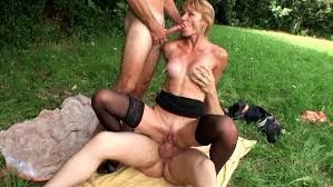 Video porno matures 50ans