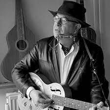 Corridors of Memory by Alan Burnside on Amazon Music - Amazon.com
