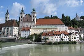 Wer an city trips in österreich denkt, denkt meist zuerst an wien. 12 Best Cities To Visit In Austria With Map Photos Touropia