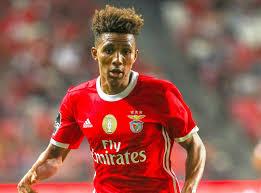 Man Utd transfer target Gedson Fernandes 'agent in UK for ...