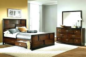 Decorate office desk Cute Decorating Chocolate Cake With Sweets Decorate Office Desk Independence Day Meaning In Malayalam Modern Rustic Bedroom Furniture Ideas Delightful Azurerealtygroup Decorating Chocolate Cake With Sweets Decorate Office Desk