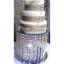 wedding cake stand with pure crystals chandelier waterfall cascade cake stand with stunning crystals