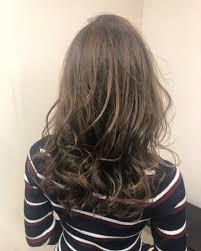 美容師オススメ2019春夏ヘアカラーブリーチなしマットアッシュ外国人