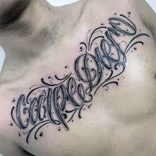 90 Tetování Skriptů Pro Muže Nápaditý Design Nápadného Inkoustu