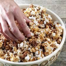 maple crunch popcorn