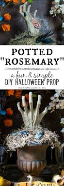 Potted Rosemary {Potted Hand Halloween Prop} | DIY Halloween prop | How to  turn