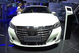 Officially NEW Toyota Crown 2016, 2017 model, biggest luxury ...