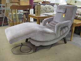 longue comfy chairs for bedroom