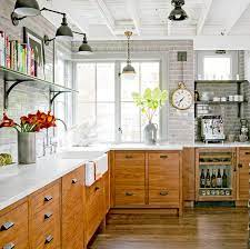 8 Ways To Decorate With Oak Cabinets For A Modern Look Better Homes Gardens