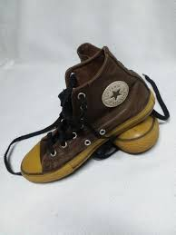 converse chuck taylor all star high top brown leather sneakers youth size 3