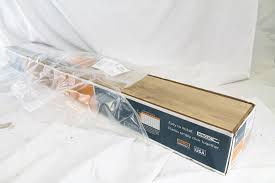 Harmonics Camden Oak Laminate Flooring 10 Planks Total 22.09 Square Feet Box Photo