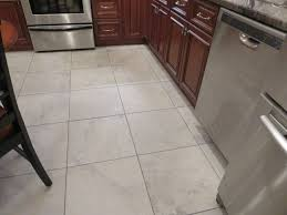 Ivetta White 18 x 18 tile Like the subtle coloring and size of