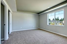 what color paint goes with beige carpet