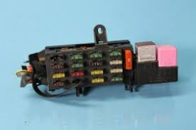 mercedes w w sd cl s rear trunk fuse box  what you see is what you get including the pink relay and the silver ice cube relay and all fuses brand new just the fuse box costs over 250 mercedes