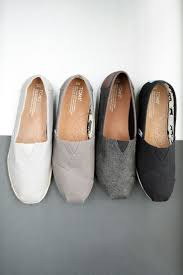 Best 25 Tom Shoes Ideas On Pinterest Toms Shoes Outfit Toms