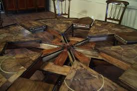round dining room table seats 6