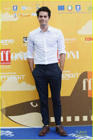 Dylan O'Brien Talks 'Maze Runner' at Giffoni Film Festival in Italy | dylan  obrien giffoni film festival 07 - Photo | Celebrità belle, Minion  divertente, Celebrità