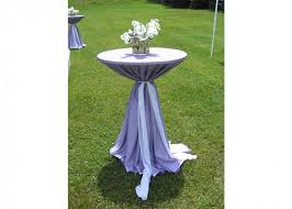 120 round linen on a 30 round cocktail height table