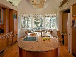 Kitchen Bay Window Decor
