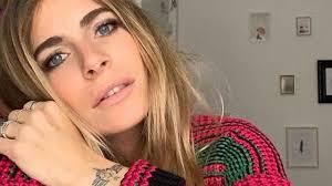 Eleonora Pedron al Mugello con Max Biaggi: i due ex sempre ...