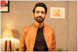 Vikrant massey thanks his girlfriend, sheetal thakur for being in his life, shares a cute picture. Interview With A Host Of Upcoming Projects And His Wedding Ahead Vikrant Massey Is Looking At A Bu