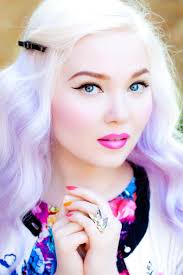 doe deere sports ombre blonde lavender hair and a grant pink lip porcelain perfect skin
