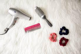 葬儀での髪型ロング編マナー違反にならない髪型や装飾品とは