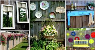decoration, Atrractive Circle Accent And Preety Flower On Chic Wooden Fence  Decoration Suitble To Small