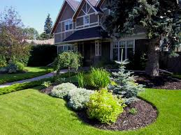 Small Picture front yard garden front yard landscape ideas landscaping pictures